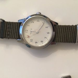 Timex watch with changeable straps